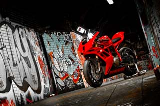 Photo-Shoot by Steinhardt & Fast Bikes in London Tube - October 2011